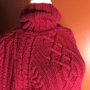 EXPRESS 100% Merino Wool Cable Knit Sweater